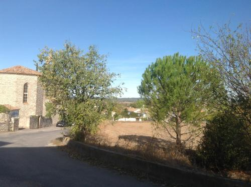 Le 96 à Aubarne : Apartment near Bourdic