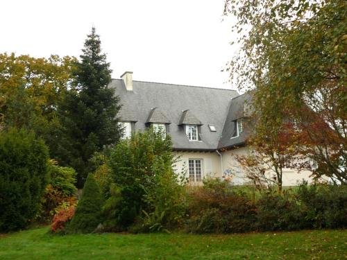 Stretcha : Bed and Breakfast near Livré-sur-Changeon
