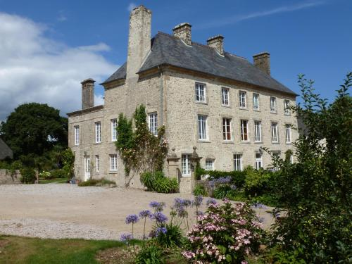 Manoir De Savigny : Guest accommodation near Le Ham