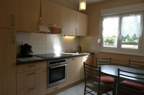 Gîte près de Colmar : Apartment near Soultzeren