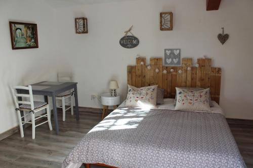 Chez Emma et Chris : Bed and Breakfast near Besse-sur-Issole