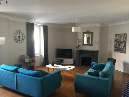 Appartement de Charme Centre Ville : Apartment near Flavin