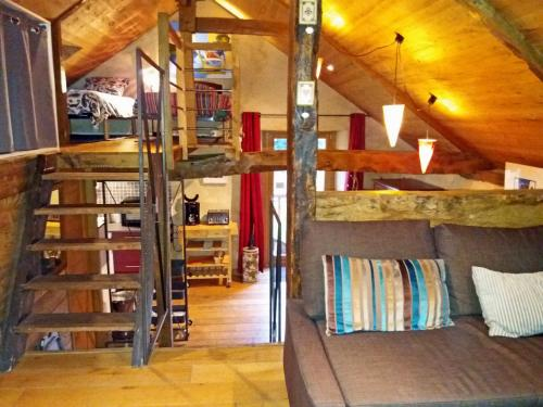 La Maison du Haut Plessix : Guest accommodation near Le Lou-du-Lac