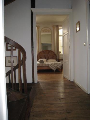 La Maison d'à Côté : Guest accommodation near Saint-Caprais-de-Lerm
