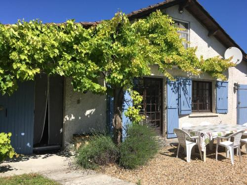 Maison Guichard : Bed and Breakfast near La Tour-Blanche