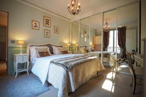 Chambre d hôte : Louvre Elegant Apt Suite : Bed and Breakfast near Paris 1er Arrondissement
