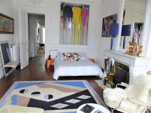 Bordeaux Appart'Artistique Hypercentre : Apartment near Bordeaux