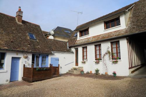 Chez Robins : Guest accommodation near Amécourt