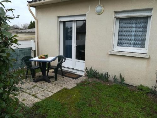 Appartement Beaujoire : Apartment near Sainte-Luce-sur-Loire