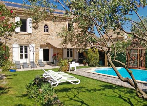 Gite Codolet : Guest accommodation near Chusclan