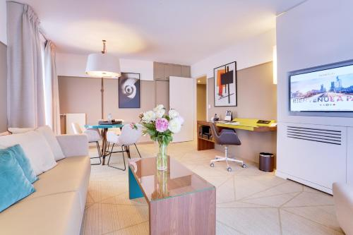 Fraser Suites Harmonie Paris La Défense : Guest accommodation near Neuilly-sur-Seine