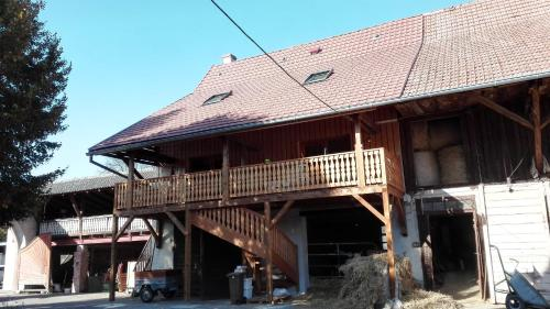 Chez Marguerite Gîte à la ferme : Apartment near Bischwihr