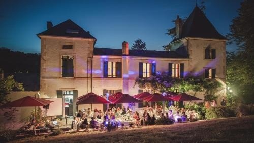 Domaine du Val d'Atur - Grand Perigueux : Guest accommodation near Saint-Laurent-sur-Manoire