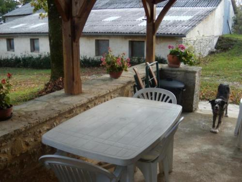 House Saint-chamarand - 4 pers, 65 m2, 3/2 : Guest accommodation near Montamel