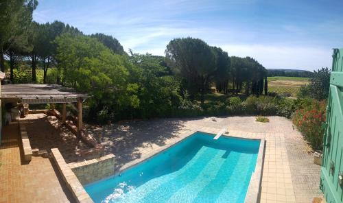 Chambres d'hôtes dans charmante propriété : Bed and Breakfast near Gignac