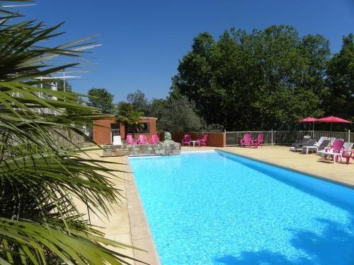 Le Mas de la Grenouillère : Guest accommodation near Saint-Genest-de-Beauzon