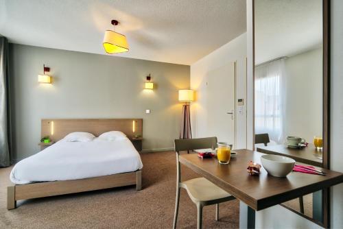 Zenitude Hôtel-Résidences Narbonne Centre : Guest accommodation near Cuxac-d'Aude