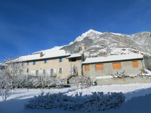 Lou Filadour 1ère Etage : Apartment near Meyronnes