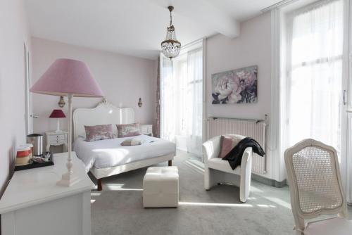Citotel Limoges Gare - Jeanne d'arc : Hotel near Séreilhac