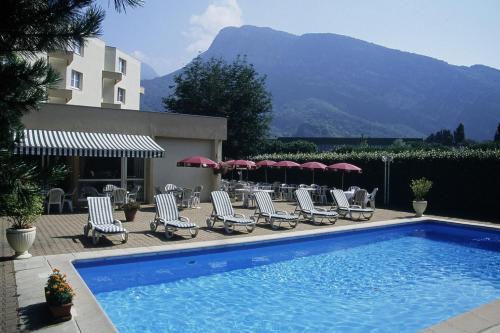 Kyriad Grenoble Saint Egreve Le Fontanil : Hotel near Réaumont