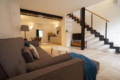 VILLAS DU LUBERON - Un Loft en Luberon : Guest accommodation near Bonnieux