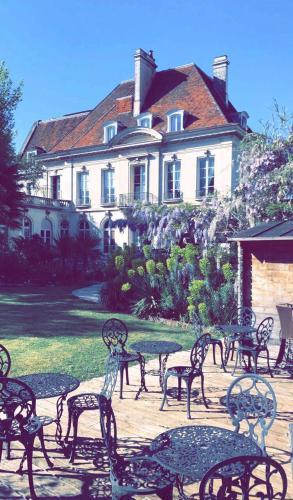 La Gourmandine : Hotel near Leigné-les-Bois