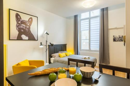 New studio in the historical center : Apartment near Bordeaux
