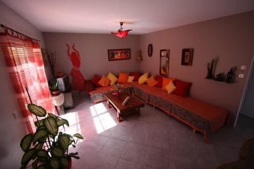 maison zen 60m2 proche Aubenas : Guest accommodation near Ucel