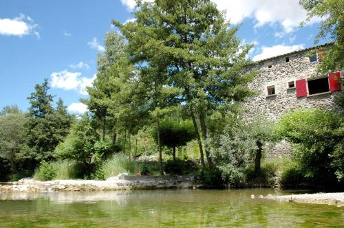 Hameau des Crottes 103S : Guest accommodation near Larnas