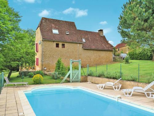 Maison Rouge (202) : Guest accommodation near Saint-Amand-de-Coly