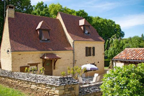 Ferienhaus mit Pool Saint Crepin-Carlucet 200S : Guest accommodation near Marcillac-Saint-Quentin