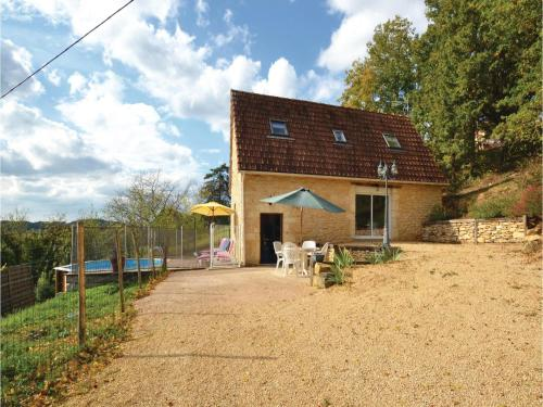 Two-Bedroom Holiday Home in Aubas : Guest accommodation near Terrasson-Lavilledieu