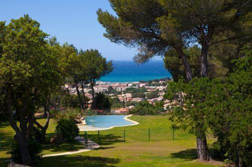 La Bastide Belle Vue : Guest accommodation near Ollioules
