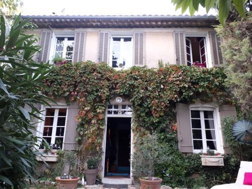 Jolie maison au pied du Garlaban : Guest accommodation near Aubagne
