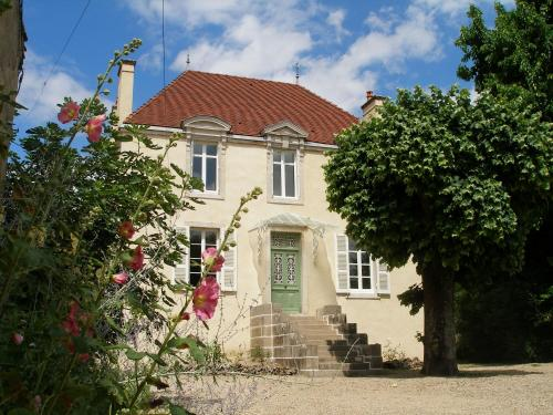 L'Ancien Domaine 6 personnes : Guest accommodation near Tailly