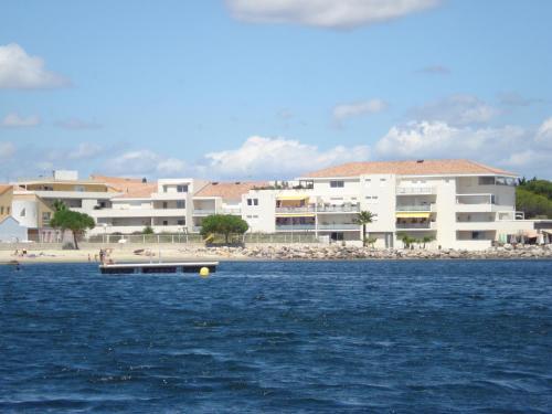 Port Mezua : Apartment near Villeveyrac