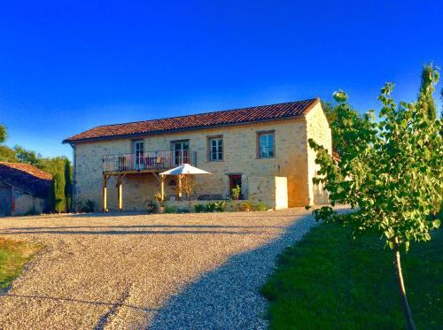 Le Loft Gascon : Apartment near Saint-Julien-d'Armagnac