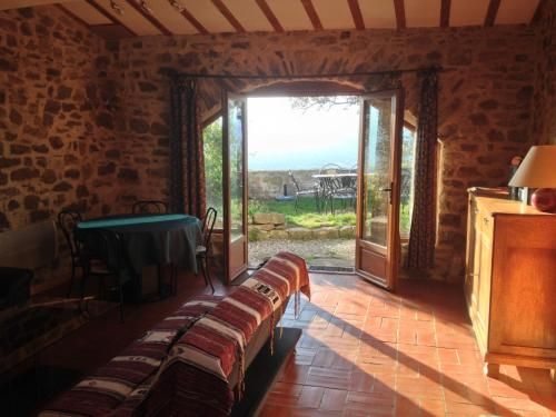 Holiday home Rue de la Salasse : Guest accommodation near Montazels