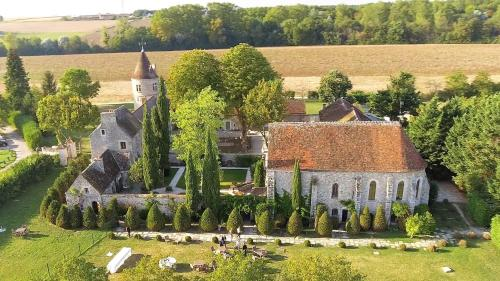 Le Prieure de Vernelle : Guest accommodation near Servon