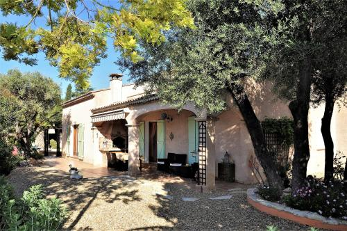 Les Oliviers La Cadiere : Bed and Breakfast near Le Castellet