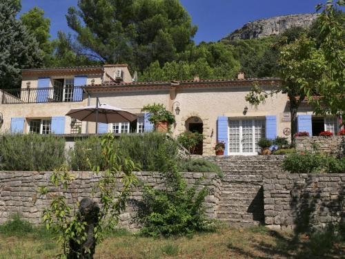 Villa Fontaine de Vaucluse : Guest accommodation near Fontaine-de-Vaucluse