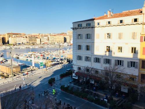Bel appartement Vue sur le Vieux Port : Apartment near Marseille 7e Arrondissement