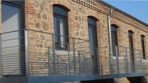 Appartement Duplex Grande Capacité : Apartment near Véranne
