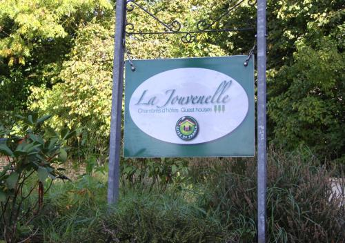 La Jouvenelle : Bed and Breakfast near Aucey-la-Plaine