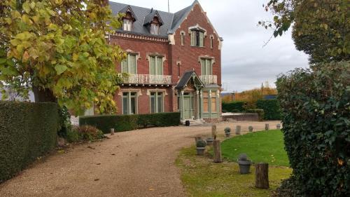 Chambres d'Hôtes - Villa Ariane : Bed and Breakfast near Gonneville-sur-Honfleur