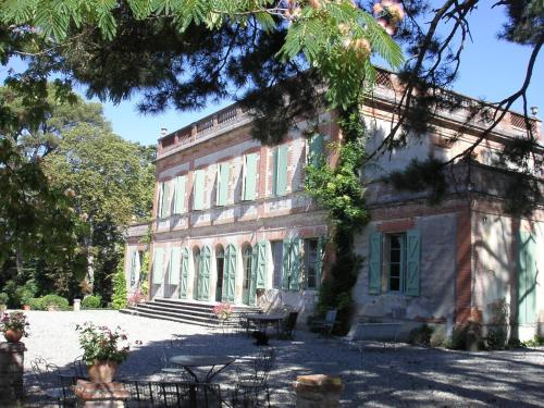 Chambres d'Hôtes d'Arquier : Bed and Breakfast near Pins-Justaret