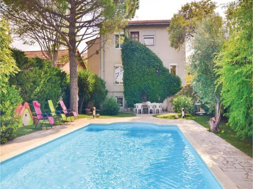 Five-Bedroom Holiday Home in Marseille : Guest accommodation near Marseille 9e Arrondissement