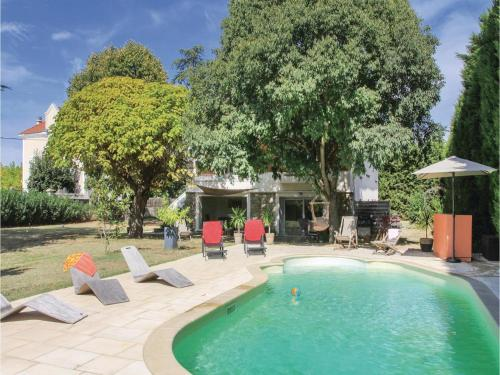 One-Bedroom Apartment in Montelimar : Apartment near Rochemaure