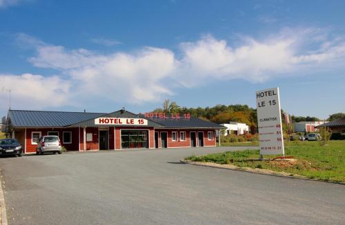 HOTEL LE 15 : Hotel near Creyssensac-et-Pissot