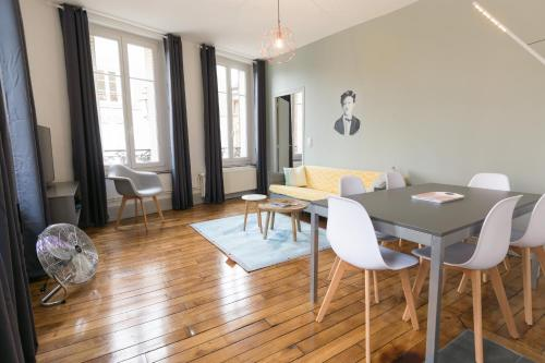 Rimbaud suites : Apartment near Belval